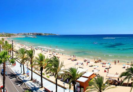 Cheap holidays to Salou with Cassidy Travel