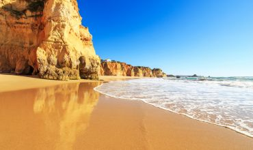 Search and book cheap holidays to the Algarve with Cassidy Travel, the perfect destination for families, party goers, sport fans and more.