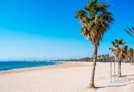 Last minute holidays to Salou with Cassidy Travel