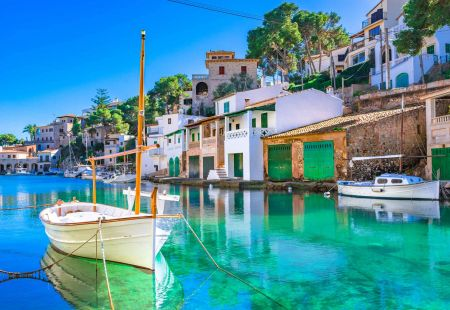 Last minute holidays to Majorca with Cassidy Travel