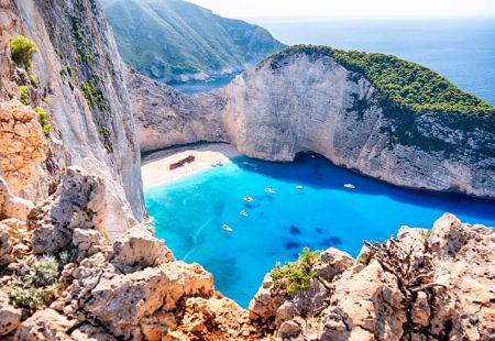 Last minute holidays to Zante with Cassidy Travel